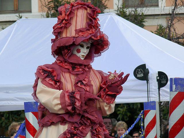 Sortie au Carnaval Vénitien d'Annecy 28/02 - Les Photos - Page 4 Z_poteaux_1