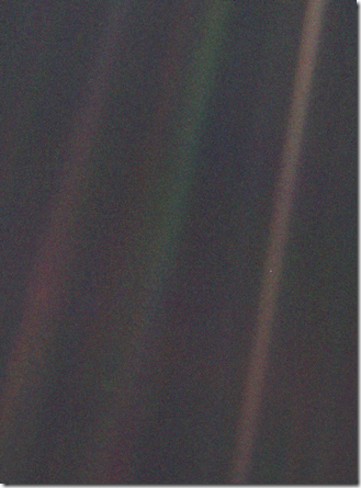 325px-Pale_Blue_Dot