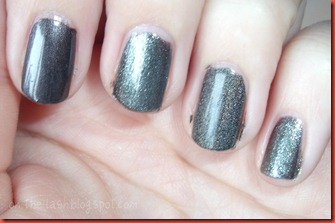 GreyNails3