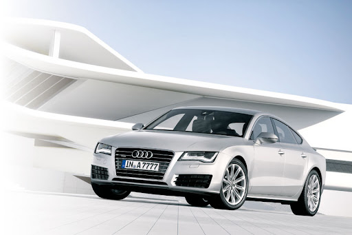 2011-Audi-A7-01.jpg