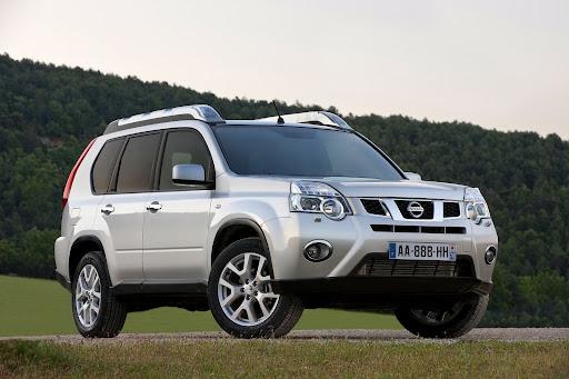 2010-Nissan-X-Trail-2.JPG