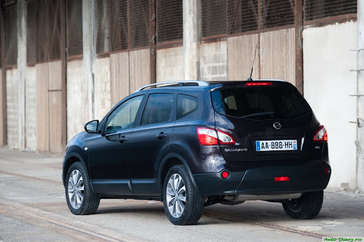 auto-diary.ru-2011-Nissan-Qashqai-09.jpg