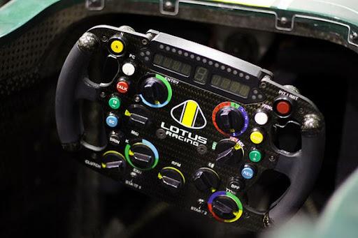 Formula1-Sterring-Wheel-06.jpg