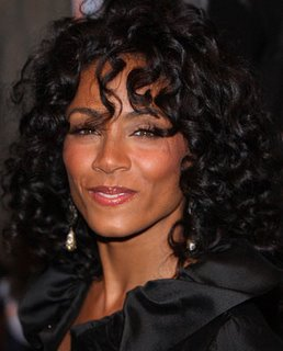 Celebrities Women on 2010 Black Celebrity Hairstyles For Hot1 Womens Curly Hairstyle For