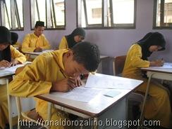 Suasana Ujian Semester Ganjil Bidang Studi Geografi  TP 2010  3