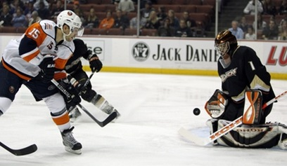 Islanders Ducks Hockey