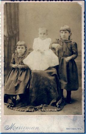 Mamie, Josie, Jessie Reinhard 1892   2