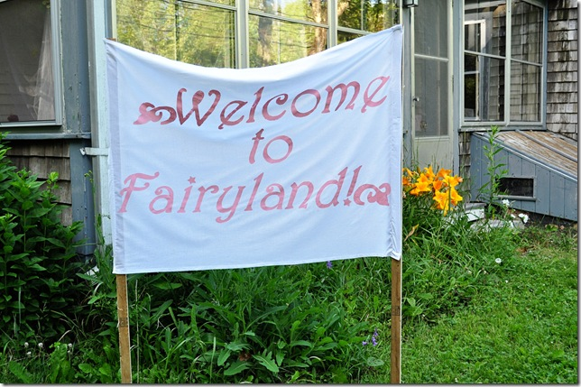 fairyland sign