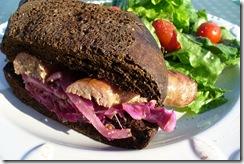 bratwurst sandwich