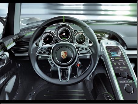2010-Porsche-918-Spyder-Concept-Dashboard-1280x960