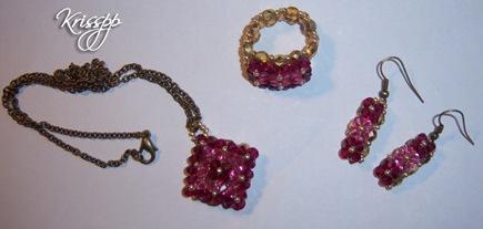 conjunto en tonos rosas