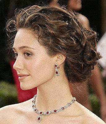 Updo prom hairstyles are, by far, one of the most popular hairstyles used by