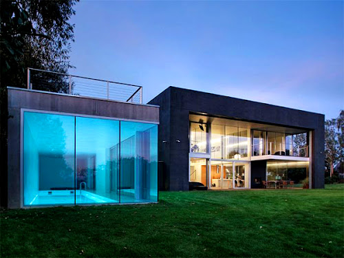 Minimalist House Design in Poland