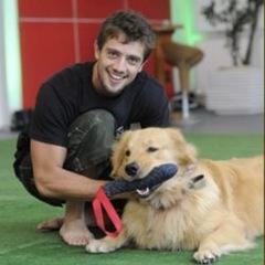 Rafael Cardoso e seu cão de estimação-redimensionada