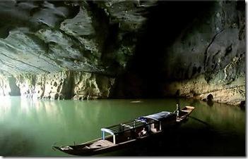 Cave-Vietnam