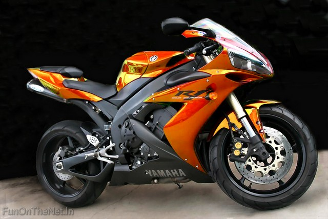 Yamaha R1 Motorcycles Picture Design