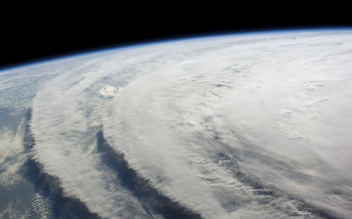 ike 1 Bencana Topan Badai Terdahsyat
