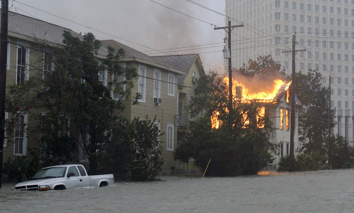 ike 17 Bencana Topan Badai Terdahsyat