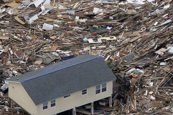 ike 11 Bencana Topan Badai Terdahsyat