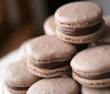 chocolate macarons 6