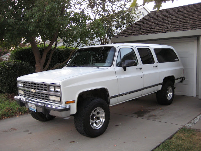 91 Suburban V2500 - Tow  Weekend Rig
