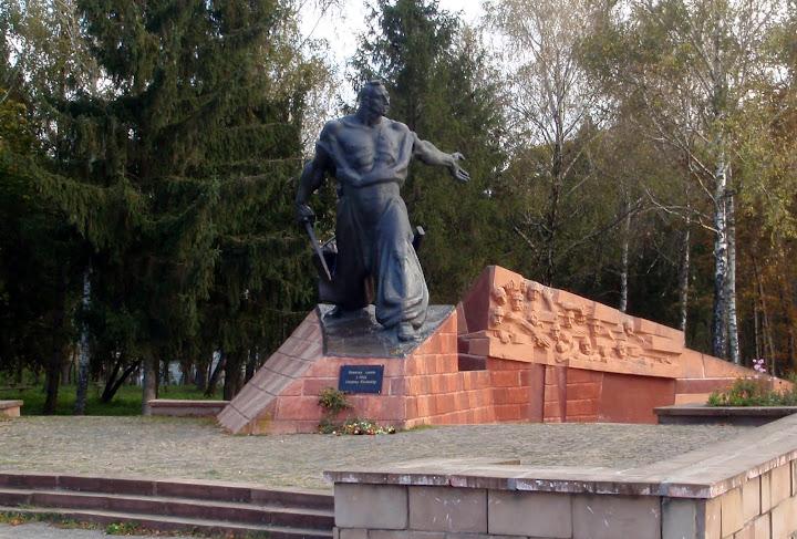 пам'ятник Наливайку в Гусятині
