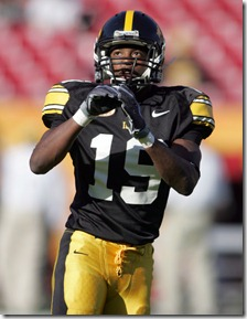 01 JAN 2009:  Amari Spievey of the Hawkeyes warming up before the Outback Bowl with the University of South Carolina playing against the University of Iowa at Raymond James Stadium in Tampa, Florida.