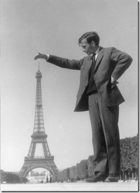 eiffel_tower_giant