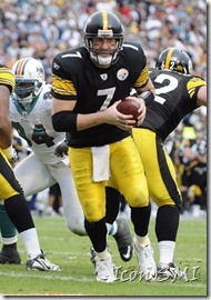 03 January 2010: Pittsburgh Steelers quarterback Ben Roethlisberger (7) plays against the Miami Dolphins  in the Steelers&#39; 30-24 victory at Land Shark Stadium, Miami, Florida.&#10;