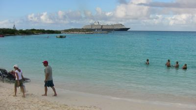 02-beach-and-ship.jpg
