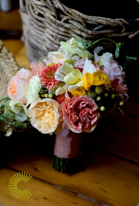 lauran bouquet blush floral