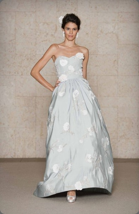 wedding dress oscar de la renta