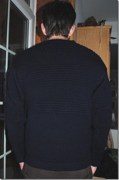 Sømandssweater bagfra HIGH beskåret