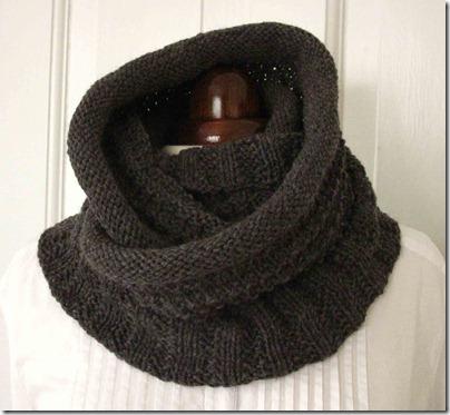 Eternity-scarf,-viklet-om-h
