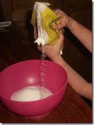 01 pouring salt