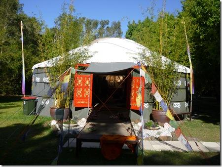 01 Yurt
