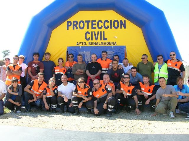 Instructores, tecnicos DCCU y Voluntarios de Protección Civil Benalmádena que han participado en el Ejercicio.