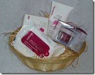 Babaria Rosa Mosqueta Face Care basket