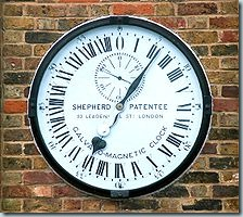 220px-Greenwich_clock_1-manipulated