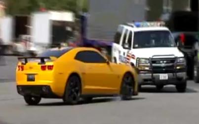 ชนจริงไม่ได้อิงตามบท รถ อุบัติเหตุ รถ Bumblebee ปะทะ รถตำรวจ