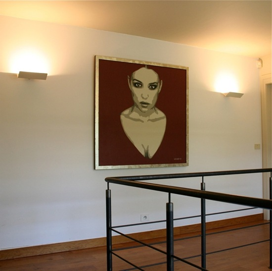Monica Belucci in hallway painting by Luc Vervoort (2)