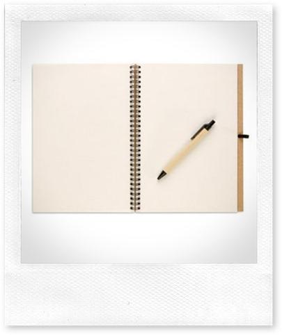 libreta-de-papel-reciclado-con-boligrafo[1]