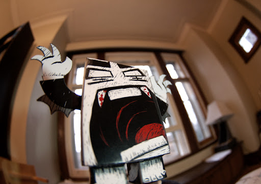 paper toy, kidrobot, bape toy, urban paper, origami, horror toy, scary toy, vampire toy, akumuink