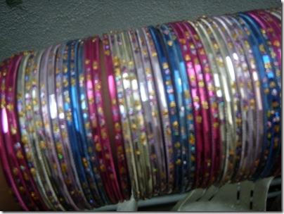 4 dozens of thin bangles