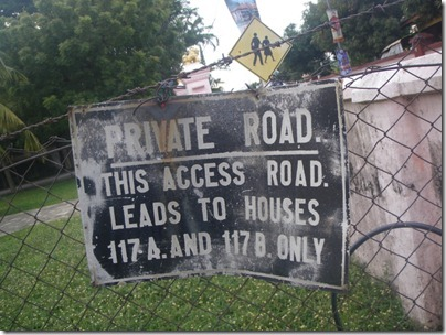 private road of 117A-B