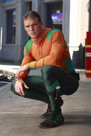 alan-ritchson-as-aquaman_333x500