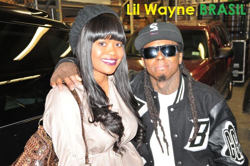 Foto do Lil Wayne e da Karen Civil na apresentação no BET & 106 Park