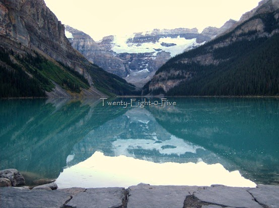  Lake Louise  2805