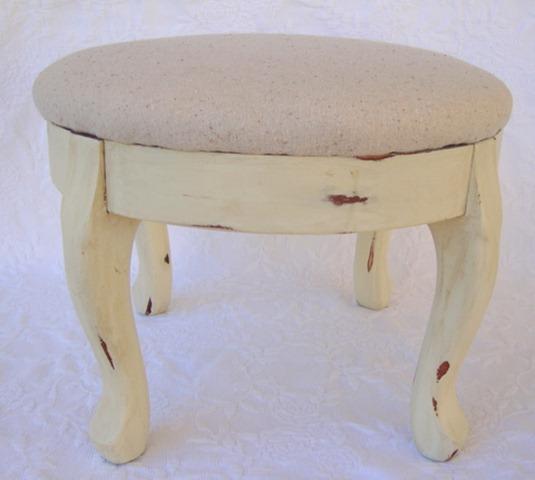 footstool 001