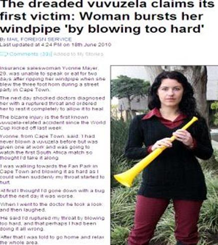 Mulher assopra vuvuzela